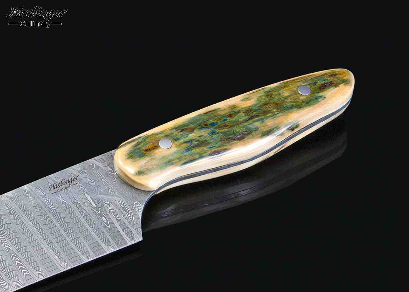 Stanless Damascus Gyoto Chef Knife close up